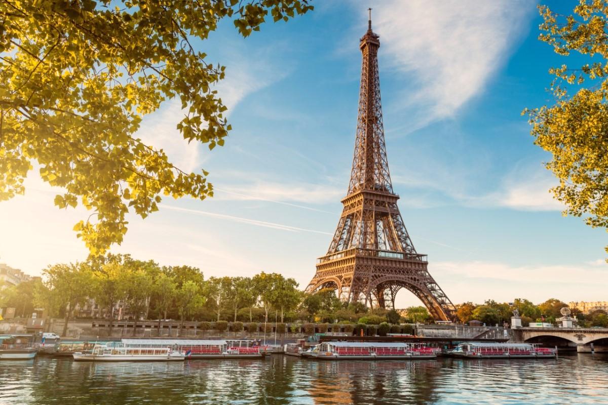 Rent a car in Paris with Europcar